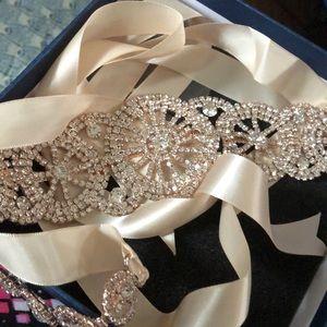 New Rhinestone Belt for Wedding Gown Gold